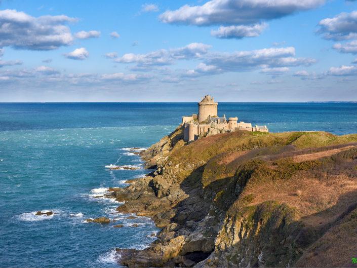 Le château du Fort la Latte sur son rocher, en février 2018 - la Roche Goyon