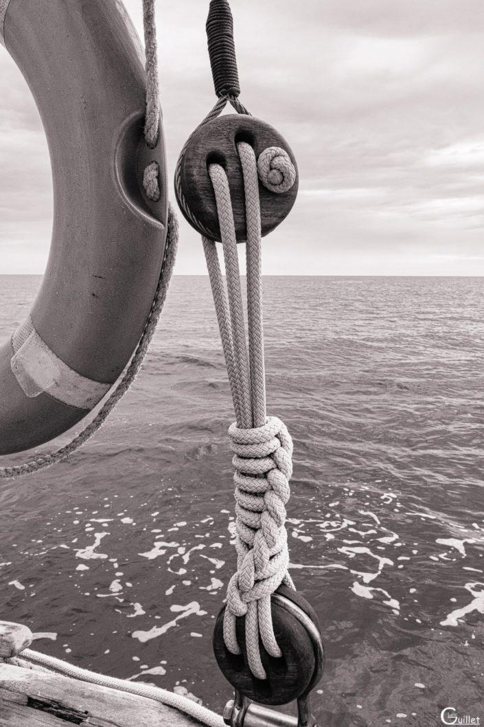 découverte des 7 iles - nœud marin sur le voiler Sant C'hireg