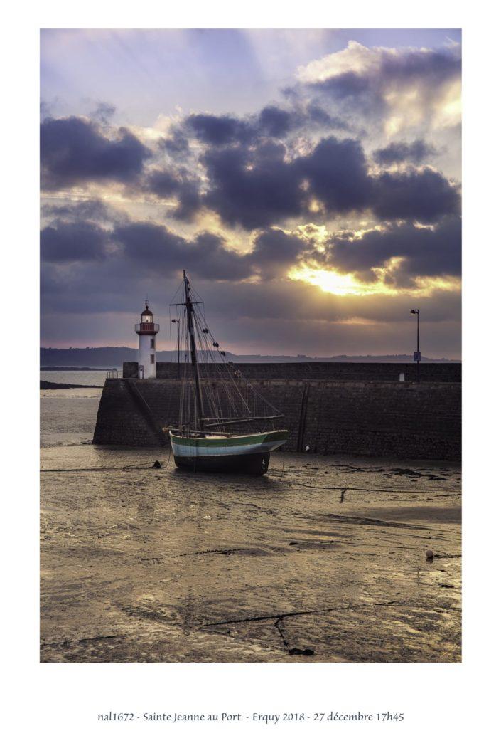 nal1672 Sainte Jeanne dans le port d'Erquy