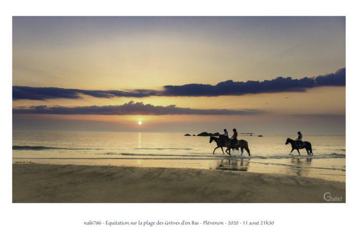 équitation sur la plage des Grèves d'en Bas