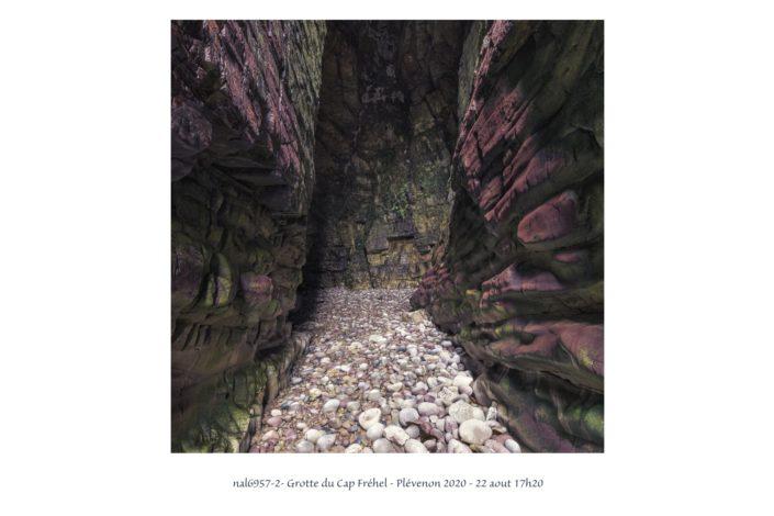 nal6957_2 Grotte du Cap Fréhel