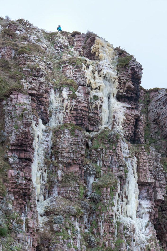 cascade glacée au Cap Fréhel