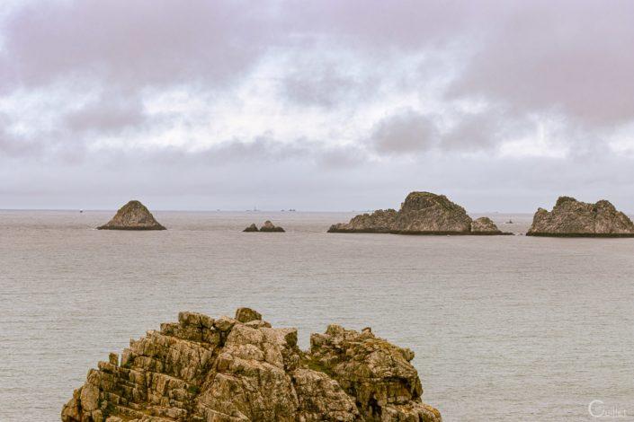 Crozon : Pointe Saint Mathieu vu de la pointe de Dinan